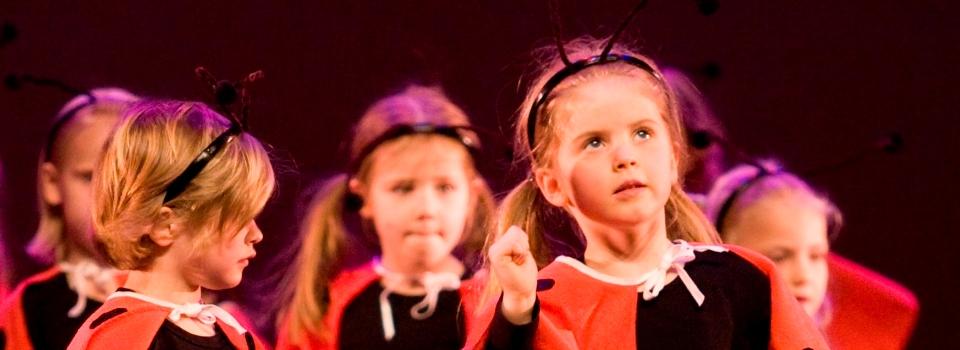 kids adv in show Stardance